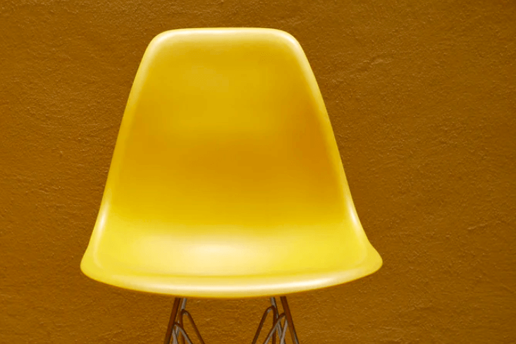 a classroom management strategy to stop fighting over the yellow chair